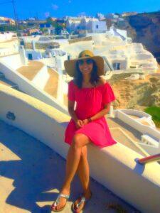 Secret Photo Spot in Santorini 3