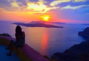 Secret Photo Spot in Santorini 4