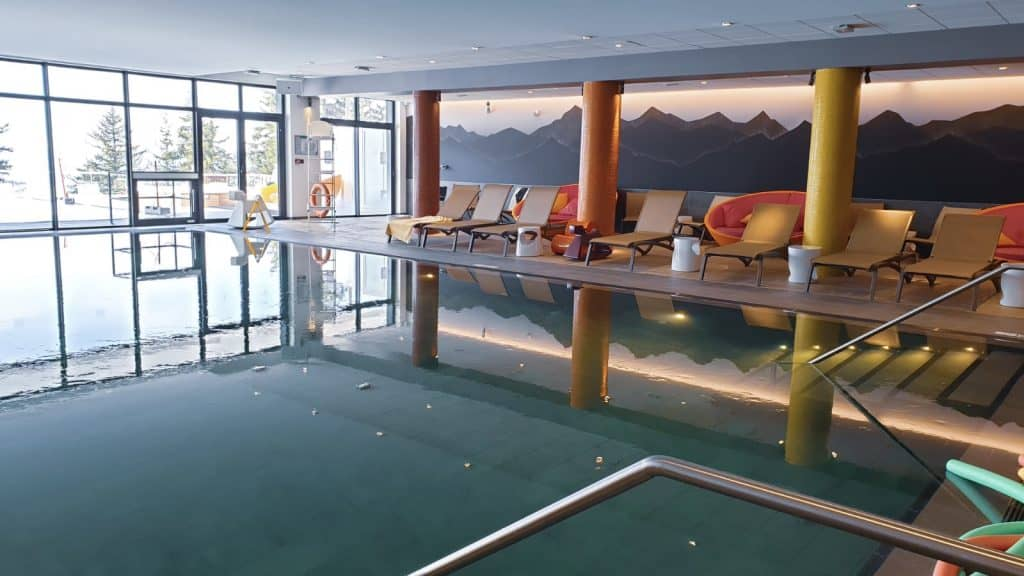Indoor swimming pool Club Med Les Arcs Panorama, perfect for skiing in April in les arcs france