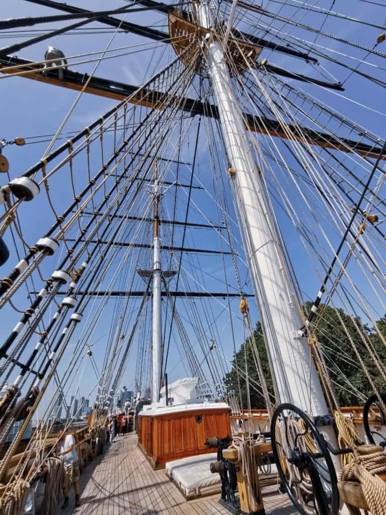 main deck sails cutty sark greenwich