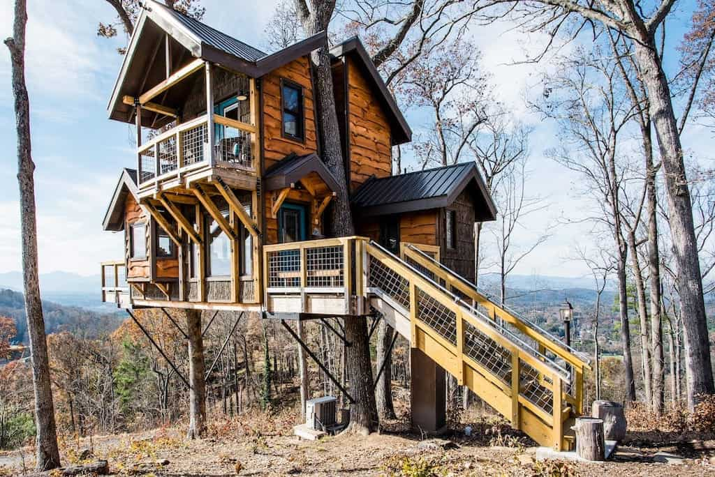 asheville treehouse airbnb