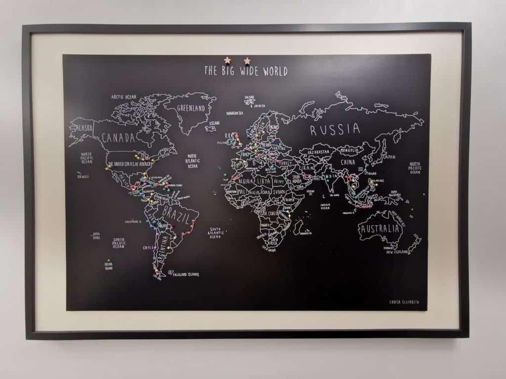 world map pinboard