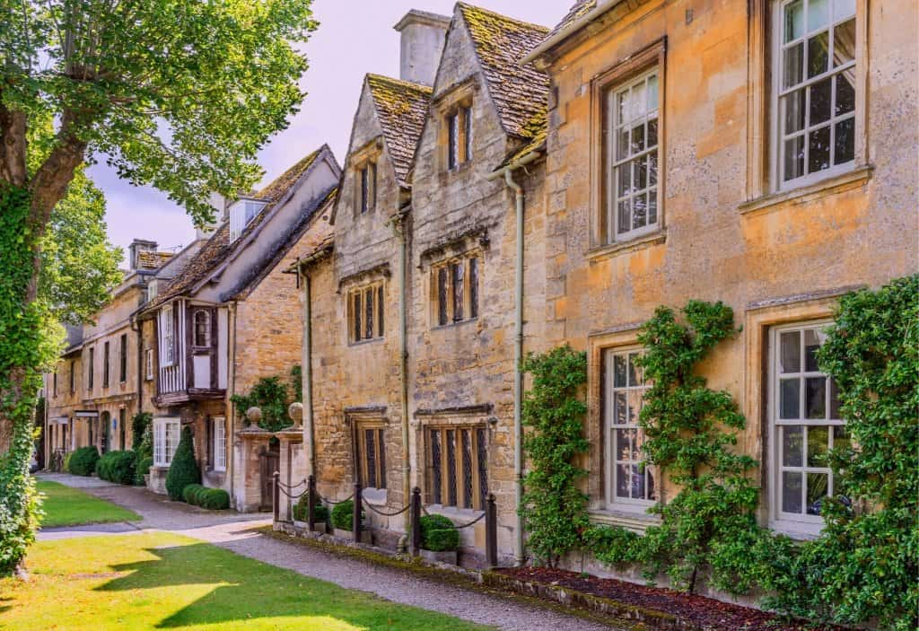 cotswolds village of burford with shoney stoned buildings in england