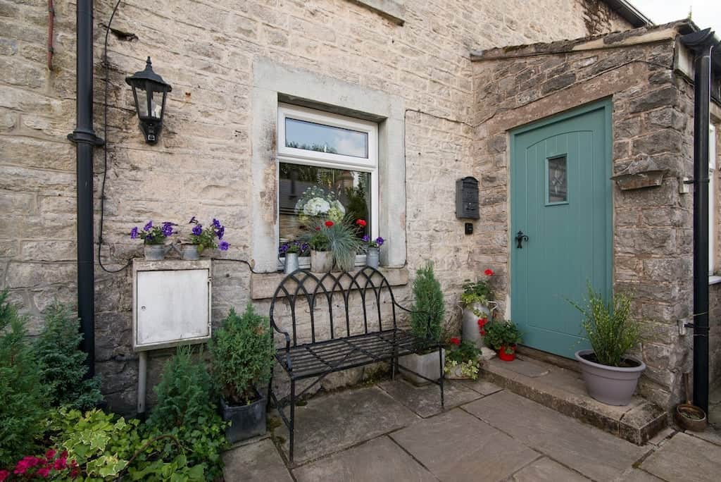 cottages for rent in peak district where to stay