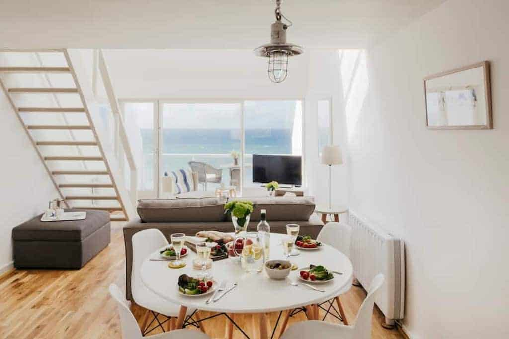cornwall beach houses to rent