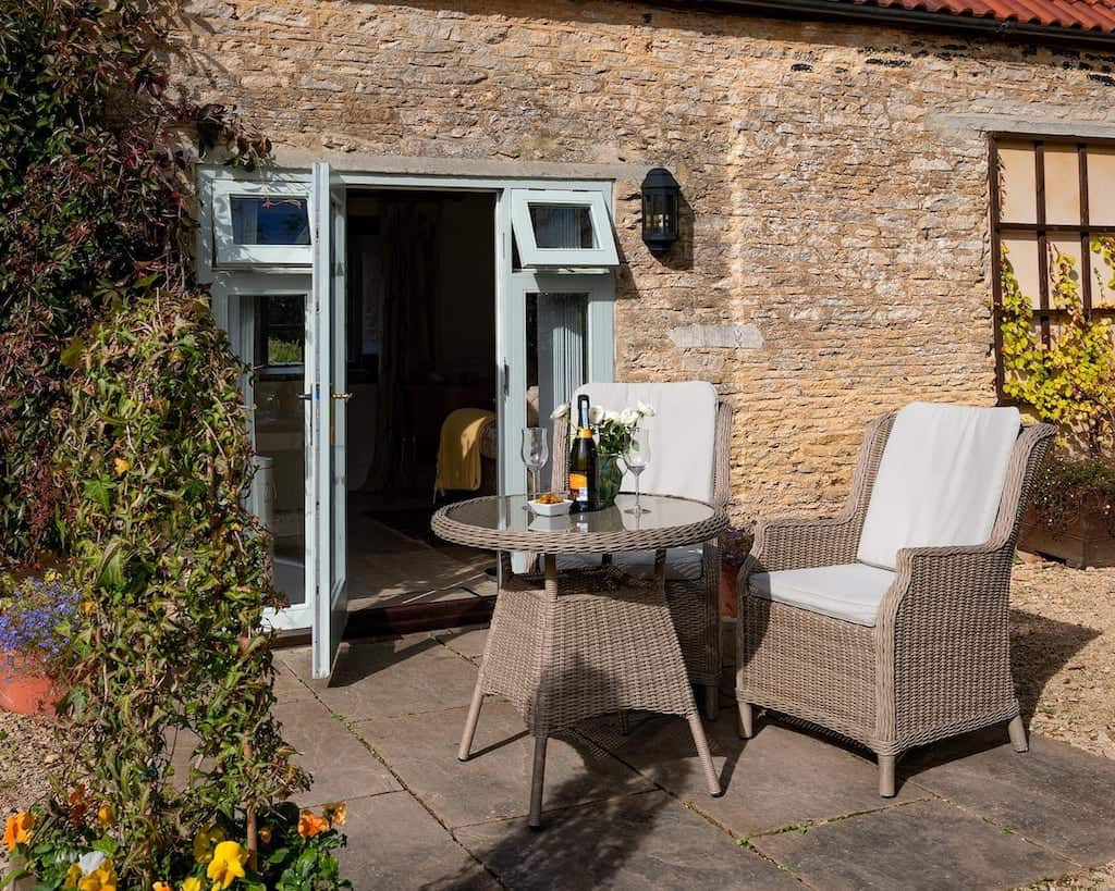 cottage castle combe dog friendly airbnb cotswolds