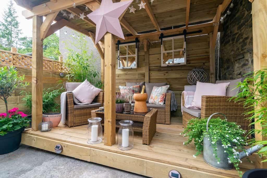 airbnb peak district garden