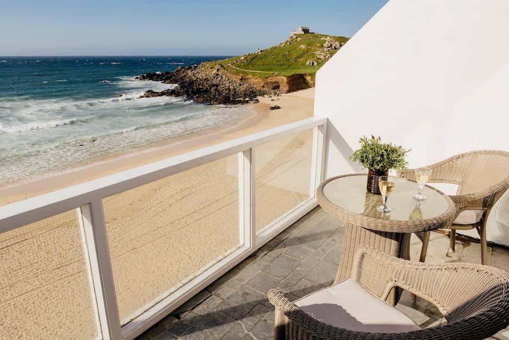 cornwall beach rentals