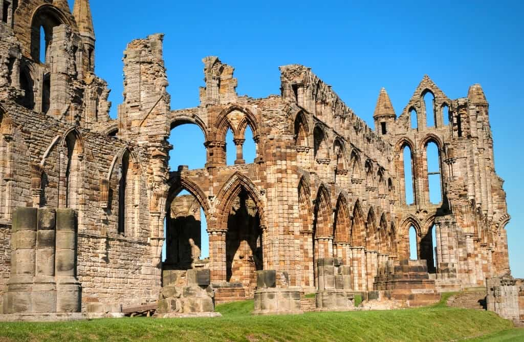 cottages at whitby abbey ruins